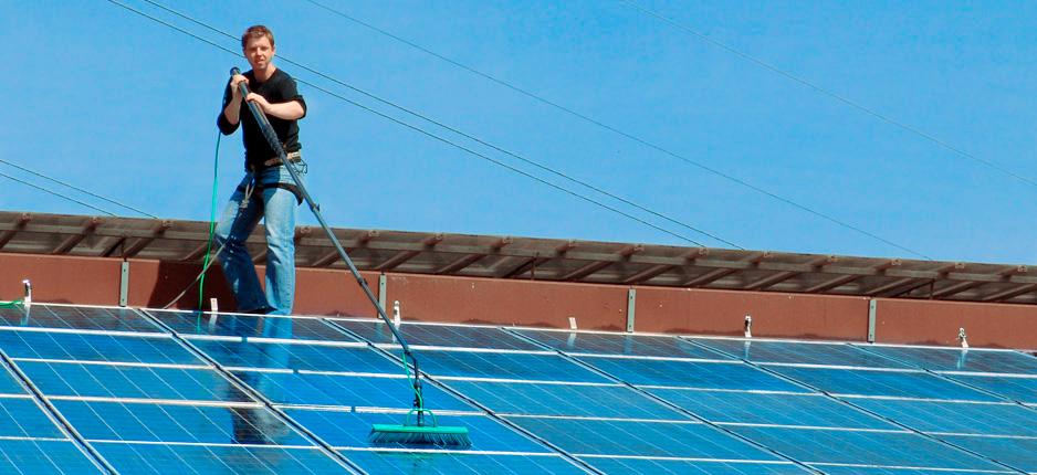 Jens Löwe, Wasseraufbereitung und Reinigungssysteme für Gastronomie, Berlin - Solarreinigung, Glasreinigung, Reinigung von Solarmodulen und Photovoltaikanlagen
